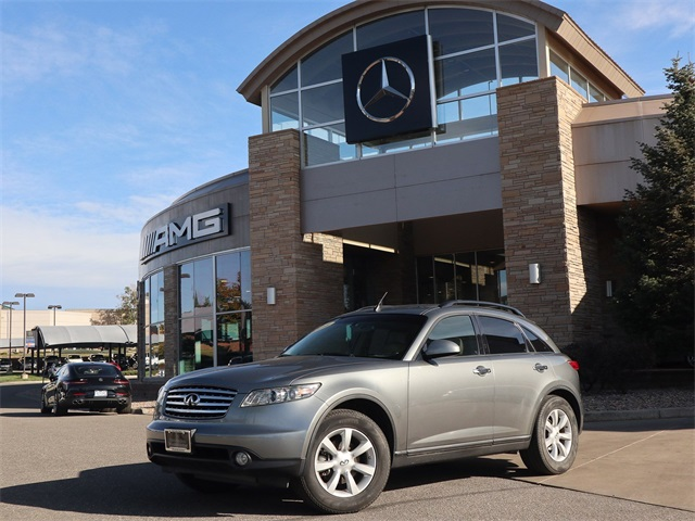 Pre-Owned 2004 INFINITI FX35 Base
