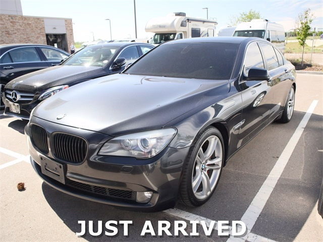 Pre-Owned 2012 BMW 7 Series 750i xDrive